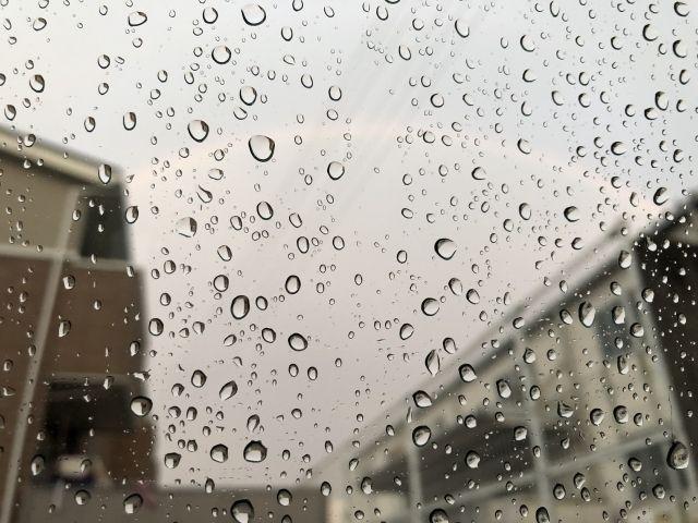 外壁塗装中のこんな雨の日には注意しよう!