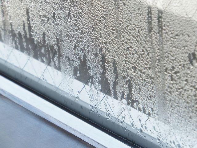 外壁塗装では結露は大敵!?放置しておくと危険な理由と対策について