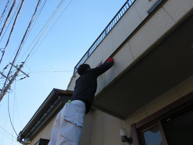 K様邸(埼玉県 越谷市 恩間)外壁塗装の工事の様子