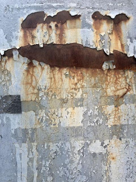外壁塗装におけるケレン作業とは?種類や単価などその役割をご紹介
